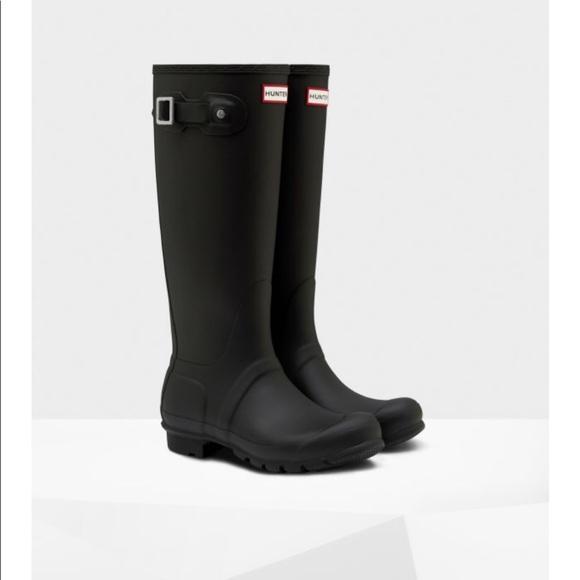 751e134125c9 Hunter Shoes   Euc Womens Original Tall Rain Boot Black 9   Poshmark
